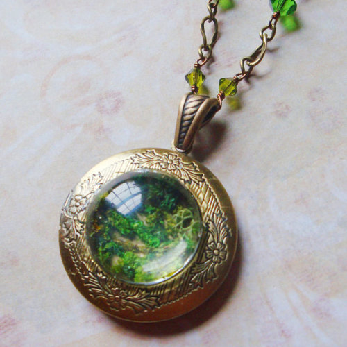 (via Woodland Moss Rustic Moss Locket in Brass by SihayaDesigns)