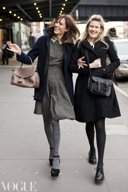 fuckyeahvintagediary:  Alexa Chung and Tennessee Thomas on the streets of New York during fashion week.  Image by Candice Lake