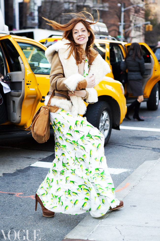 vogueaustralia:  Vogue contributor Stephanie LaCava arrives at New York Fashion Week. Image by Candice Lake