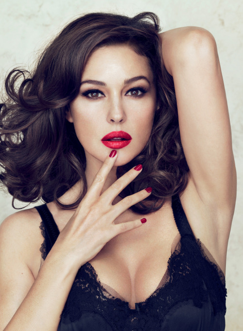 dolcegabbana:  Monica Bellucci is the newest face of Dolce & Gabbana Makeup