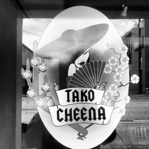 ucfbiggie:  Trying out Tako Cheena for lunch. Lots of things to try.  (Taken with instagram)  Ate here with meggo2 and have to say I may have a new Asian taco place. :)