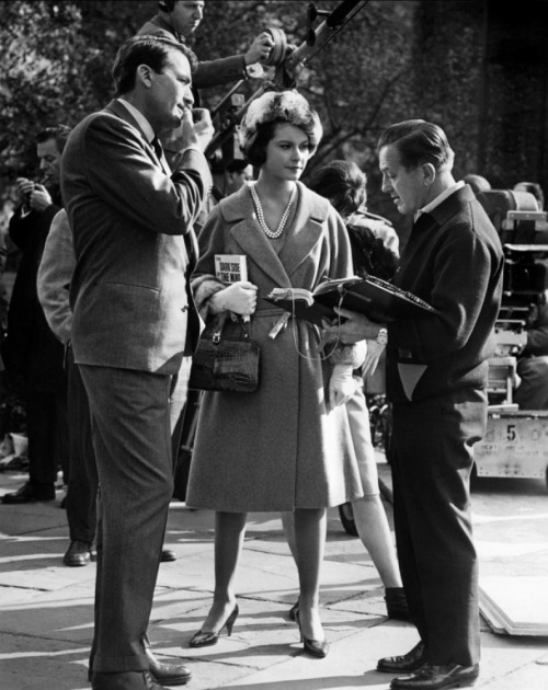 On the set of Mirage with Diane Baker and director Edward Dmytryk  I love the way Gregory is biting his nails in this picture and Diane's outfit is adorable!