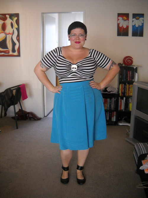 ilikeprettyclothes:  Fatshion February #19 And this was my second Friday outfit, worn to go out for after-work drinks and dinner with friends. I know you can see the stripes through the skirt, but I don't really care. top - Pinup Girl Clothing, skirt - Dorothy Perkins, shoes - Hush Puppies, earrings - diva