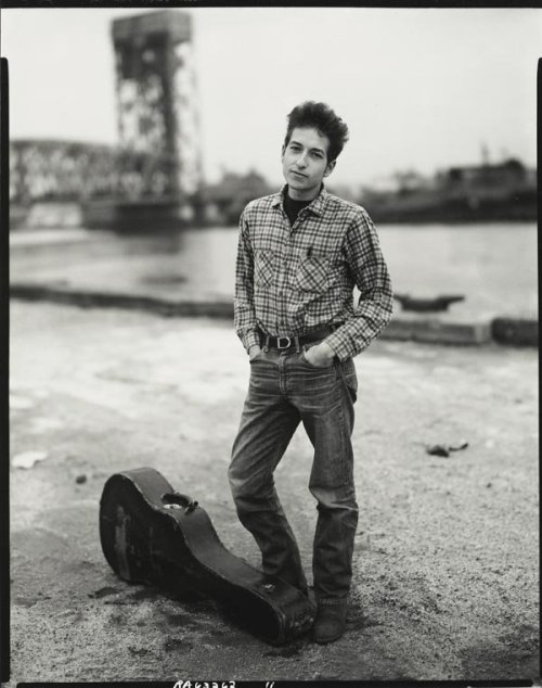 cations:  Bob Dylan, ph: Richard Avedon