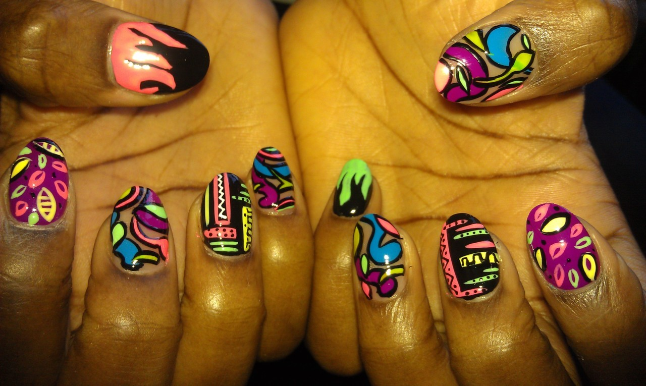 mspicasoonpurple:  Picaso Nails neon mix..