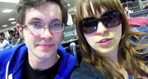 amandawould:  PERFECT COUPLE IS PERFECTAlso, Toby with glasses. *swoon*