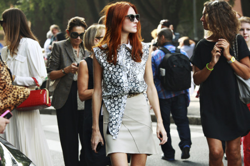 greenteaandsaltines:  TAYLOR TOMASI HILL.  One of the bests!!