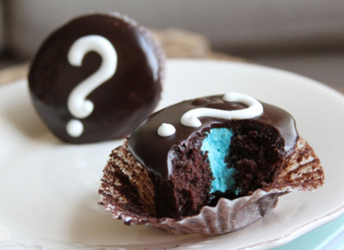 Gender Reveal Cupcakes! (learn more about gender reveal parties here)