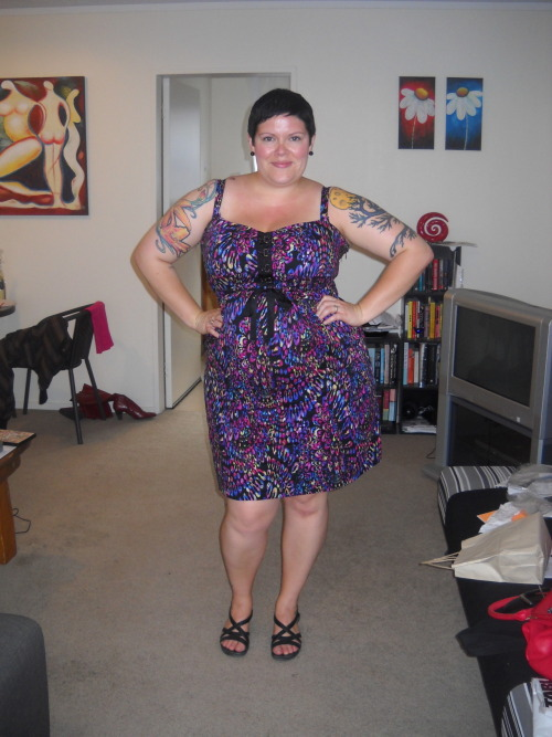 ilikeprettyclothes:  Fatshion February #21 This is the second outfit of the day, worn to go out to dinner with Sam. dress - City Chic, sandals - Unstructured by Clarks, earrings - diva
