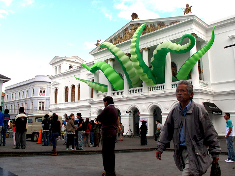 "‎""Octopied Building"" by artist Filthy Luker - Quito, Ecuador (2010)"