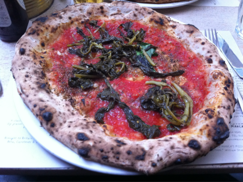 reblogged from lighterme:  Day 32 We went to my favourite pizza place, Franco Manca, in Brixton. I had a cheeseless sourdough pizza with broccoli and no cheese. I have no idea how many calories were in it, but hopefully not too many. I only ate half the crust if that counts for anything!  I can has the other half?