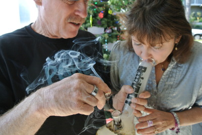 crystalbud:  Old stoner couples. Yes please.   :)