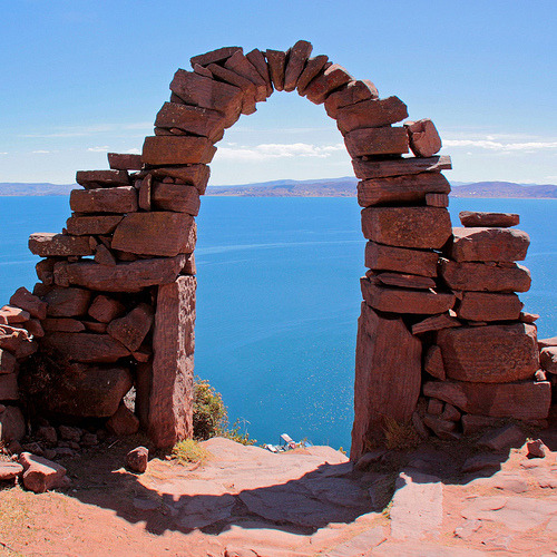 gorgeous travelingcolors:  arch with a view to Titicaca lake | Peru (by Zé Eduardo…)