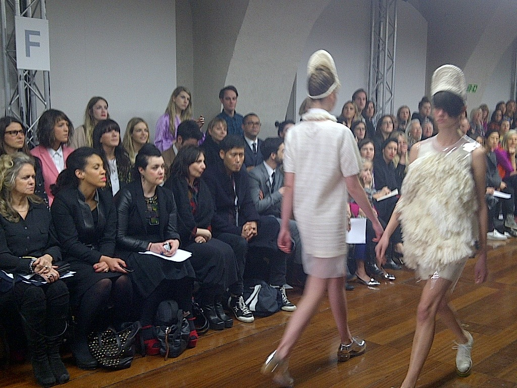 i-donline:  The smashing Simone Rocha pulls out all the stops at Somerset House… AW12 sees more fab footwear and some pretty natty hats! Plenty more from Miss Rocha in The Whatever The Weather Issue available now, catch a glimpse here. i-Donline.com  =look at those fucking fashun faces