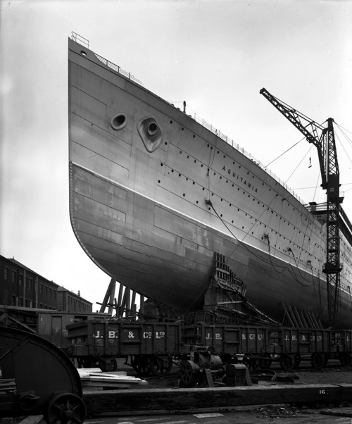 RMS Aquitania under construction.