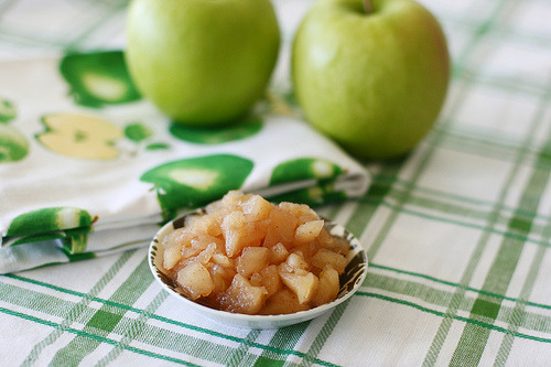 preparedness-:  Homemade Applesauce (by alyssakai)