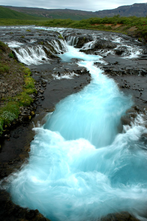 neiture:  Brúarfoss, Iceland | image by helgae