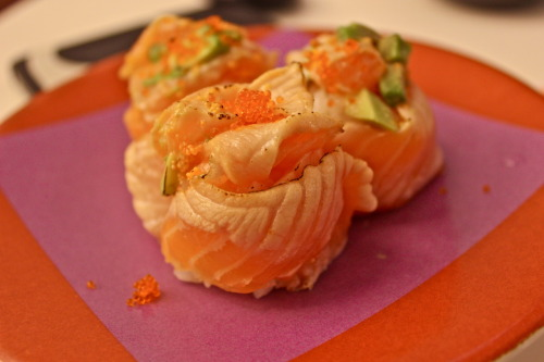 changing-appetites:  Salmon Belly Sushi with Avocado and Fish Roe Ichiban Sushi
