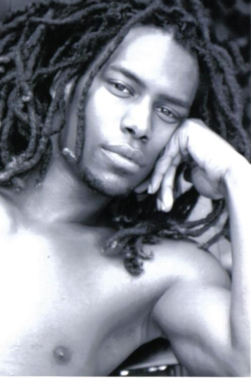 To view more Beautiful Men with Dreadlocks ———> CLICK HERE <———