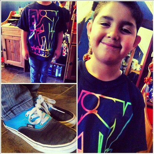 #8YR #boy #kid #swag . Haha my #brother is the cutest #lmfao #vans #teal  (Taken with instagram)
