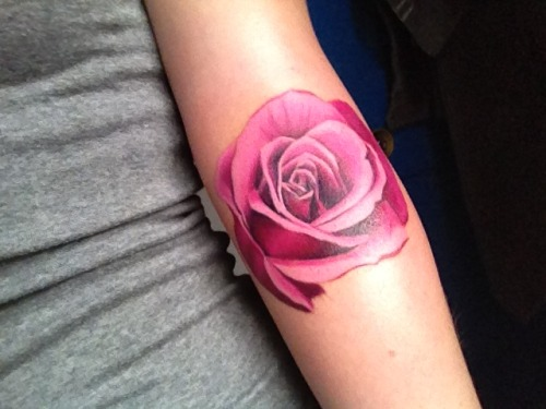 fuckyeahtattoos:  My brand new rose, the start of a half sleeve. Done by Phil Young at Hope Gallery Tattoo in New Haven, CT. Such a good experience getting it done :)