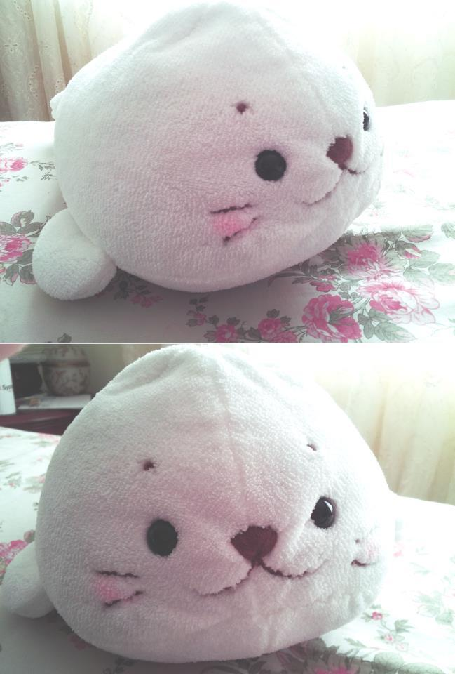 uwahhh my friend just gave me this today!its the softest thing I've ever feltThank you so much!!