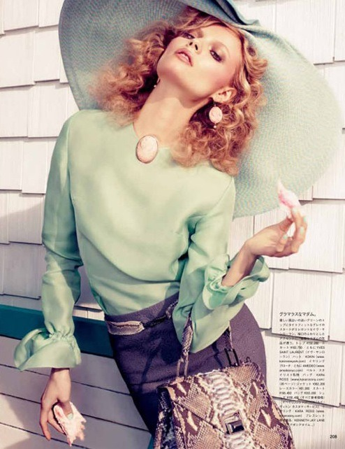leahc:  Magdalena Frackowiak by Sharif Hamza for Vogue Japan