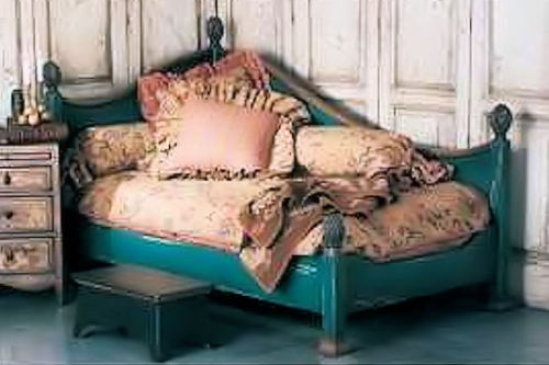 French inspired daybed