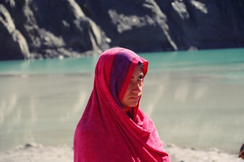 Girl in red @ Passu Pakistan (via almostalmost) Follow us on Facebook | Twitter or Submit something or Just Ask!