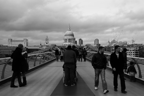 © http://www.salvodipino.it - All rights reserved. London - Wheels