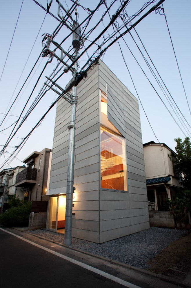 rawbdz:  Small House by Unemori Architects