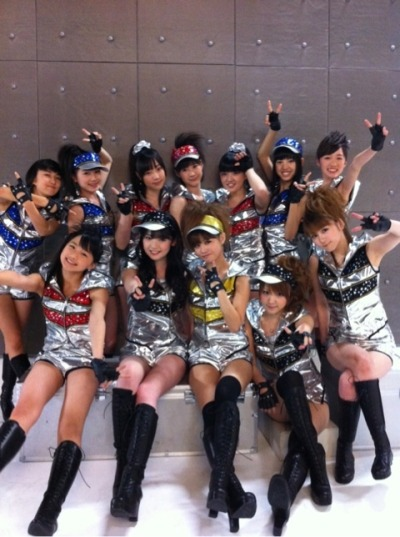 lovetakahashi:  I hope these are the costumes of Renai Hunter *-* OMG They're perfect ♥  I think they are! Their encore costumes were described as silver sleeveless outfits with pants! CLOSE ENOUGH. AHHHH <3 Modernized Koi no Victory outfits~