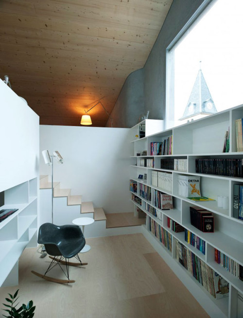 micasaessucasa:  (via Staircase and Library Nook Design Combination | Modern Interiors)