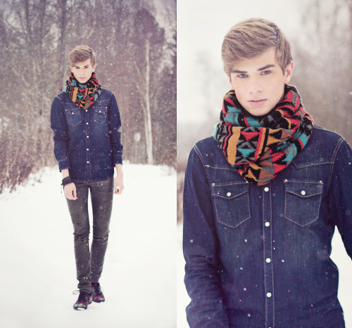 theindiefashionblog:  http://lookbook.nu/look/2798059-It-keeps-snowing