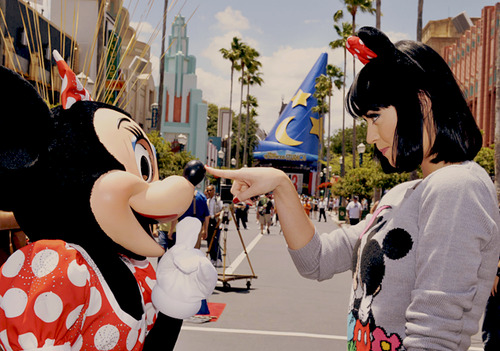 How adorable is this? Cannot wait to meet Minnie Mouse!