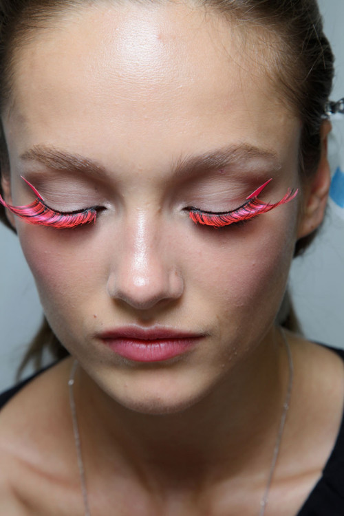 highqualityfashion:   Viktor & Rolf 2012 makeup
