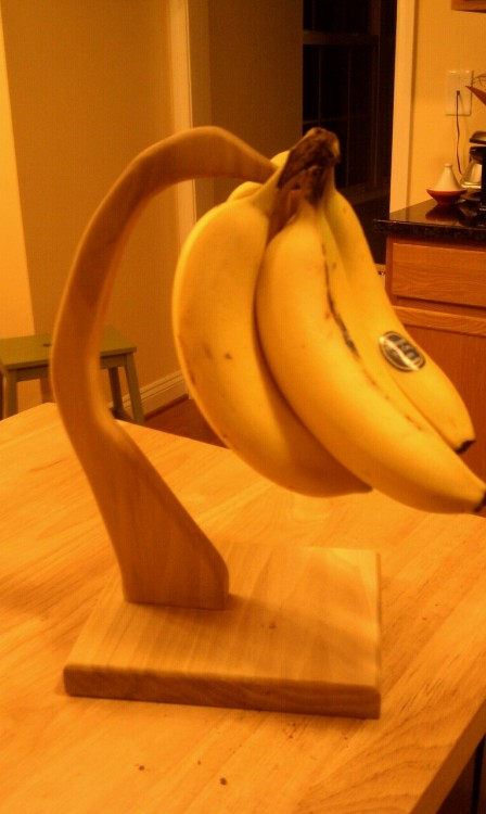 Weekend project to properly store our bananas.