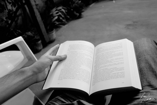 045/366 - Reading on Flickr.