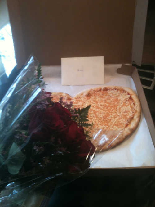reblogged from shaniwh:  This is a vegan pizza!! I have the best boyfriend in the world.