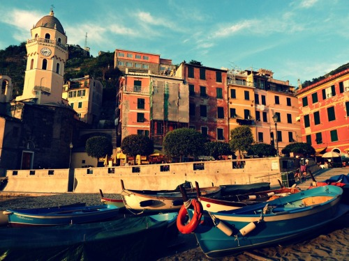 Vernazza harbor. Cinque Terre (aka one of the most beautiful places I have ever been).