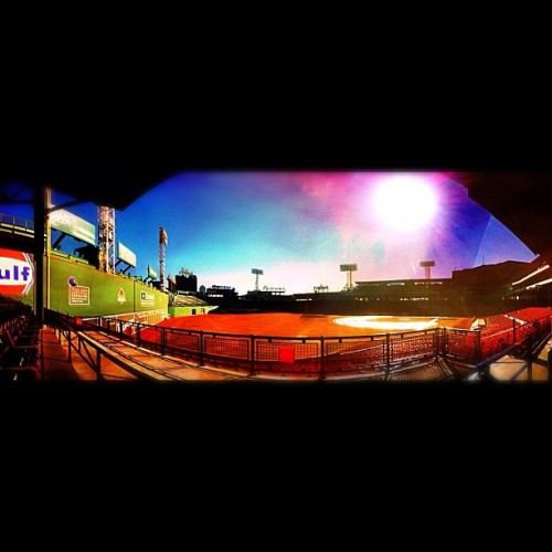 ⚾🇺🇸 #baseball #boston #redsox #sox #bostonredsox #fenwaypark #fenway  (Taken with Instagram at Fenway Park)