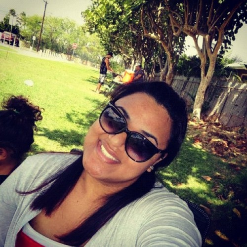 #me #smile #happy #iphone #instagram #instahub #park #hawaii #instagramhi  (Taken with instagram)