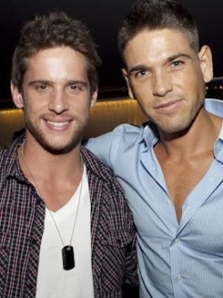 SWEETBOX LAUNCH - DAN EWING & DIDIER COHEN It was certainly eye candy galore at the launch of 'Sweetbox' production company in Melbourne last week, with actor Dan Ewing & model Didier Cohen amongst the exclusive guest list! The Verdict: We are certainly not complaining… ahem new desktop wallpaper material perhaps?! Image Source: The Daily Telegraph