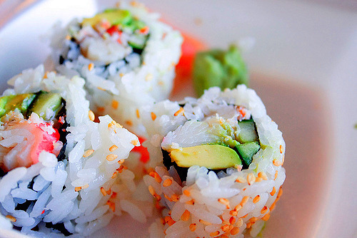 lyndsiwaslike:  omg what i would do for some sushi!