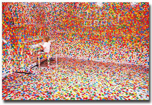 justinaswell:  Yayoi Kusama's 'The obliteration room' (by Stuart Addelsee)