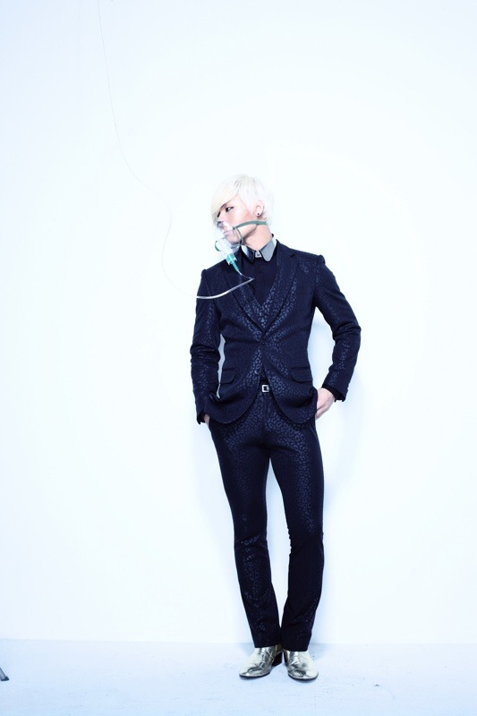 "TOP's me2day update! (120218)  ""DAESUNG IS ALIVE""  source: TOP's me2day"