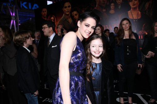 New / old picture with Kristen Mackenzie Foy BD at the premiere in LA.