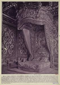 (via Bed of Marie Antoinette, Fontainebleau Palace - ID: 835711 - NYPL Digital Gallery) Marie Antoinette's bed, Fontainebleau Palace.
