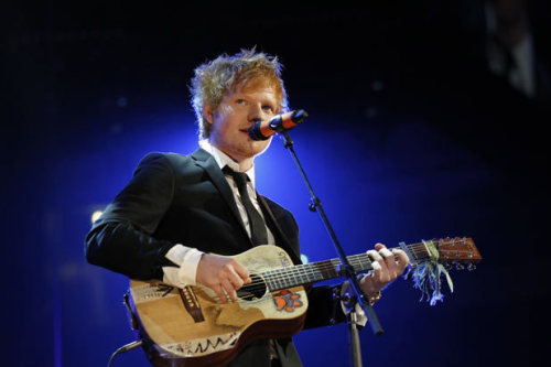 fuckedupworldwelivein:  never even seen ed in a suit before, weird.  He looks adorable