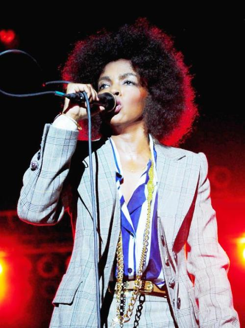 "knowledgeequalsblackpower:  binnielove:  Lauryn Hill Speaks Out On Whitney Houston Death  ""Aren't you tired of losing our people?"" Hill asked the crowd. ""I am. Love your artists. When they falter, hold them accountable. But love them. People are now showing Whitney Houston the love and respect she should have received throughout her career through all of it.""    word."